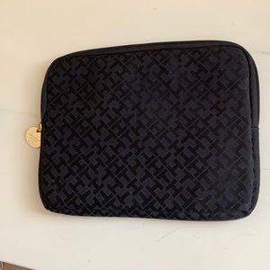 Tommy Hilfiger tablet case
